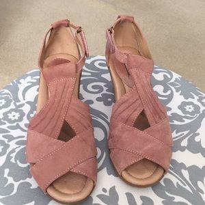 Suede upper peep toe wedge sandles